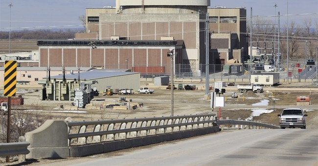 Nebraska utility head recommends closing nuclear power plant