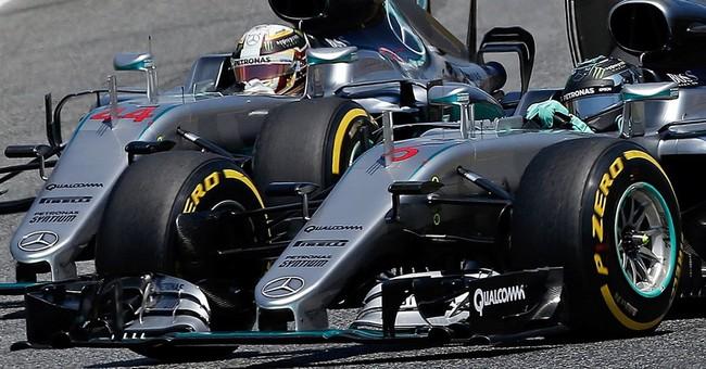 Rosberg and Hamilton refuse to take blame for 1st lap crash