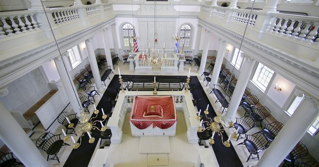 Judge: Congregants can take control of oldest US synagogue