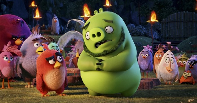 """Review: An app comes to life in """"The Angry Birds Movie"""""""