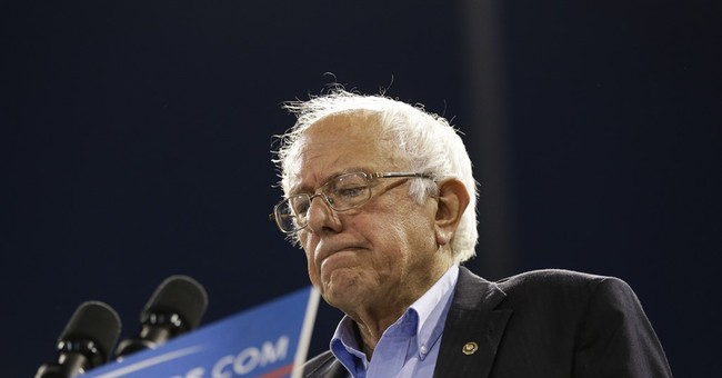 Trump more than happy to agree Sanders is getting a raw deal
