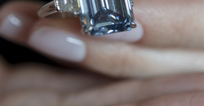 Christie's auctions blue diamond, expects $39 million
