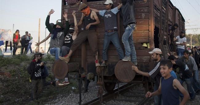 The Latest: Greek police repel migrants on Macedonia border
