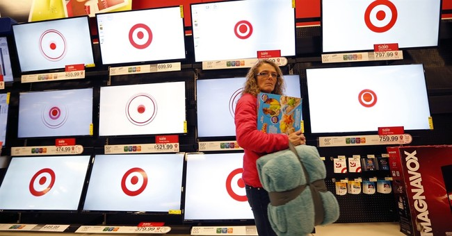 Target reports declining revenue in first quarter