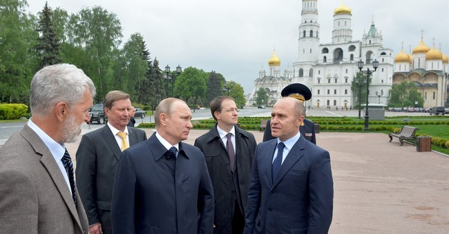 Russian lawmakers back creation of national guard