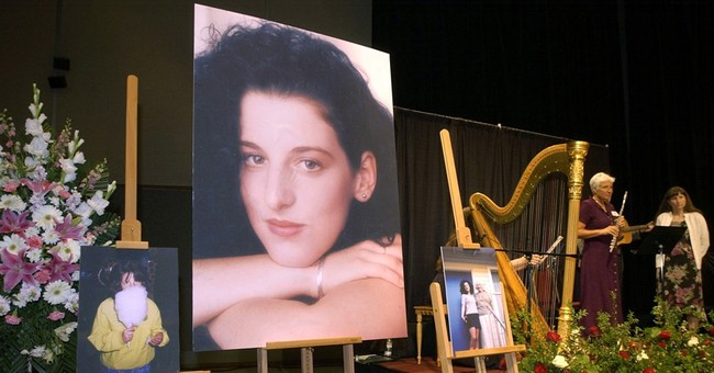 Defense pointing to Gary Condit in Chandra Levy case