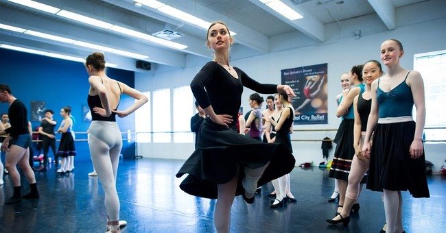 Injured ballerina works her way back to the stage