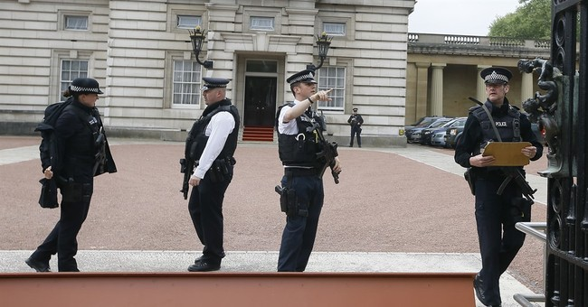 Buckingham Palace trespasser is convicted murderer