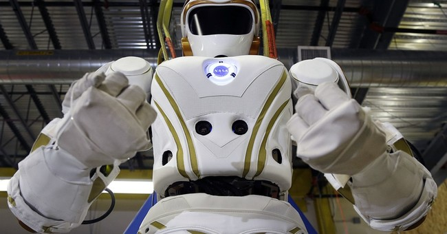 NASA's Valkyrie robots set the table for human life on Mars