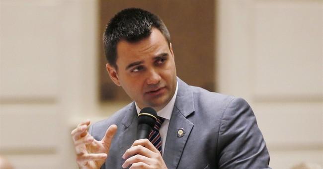 Oklahoma governor vetoes bill criminalizing abortion