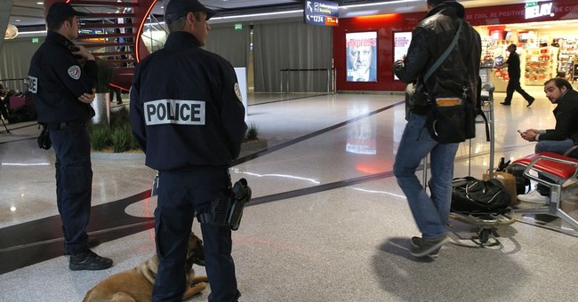Experts say perfect security is elusive at all airports