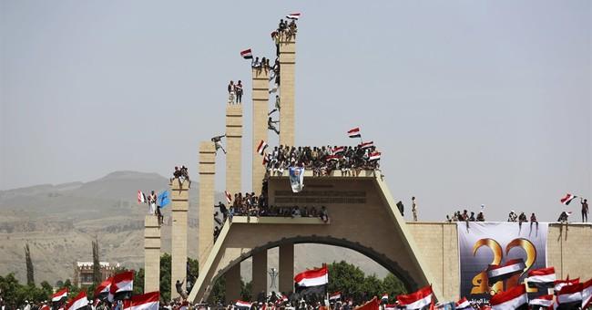 UN envoy cites progress in Yemen talks, airstrikes continue