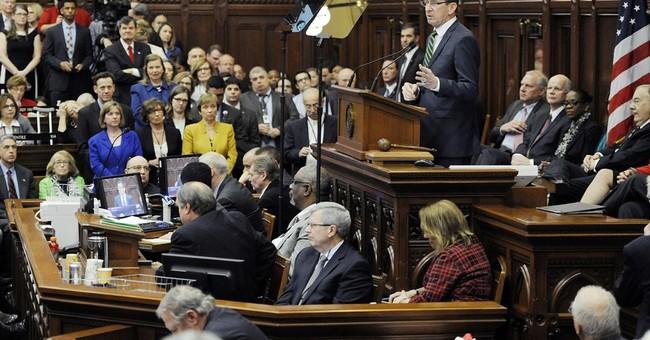 Connecticut governor rarely meets legislators, records show