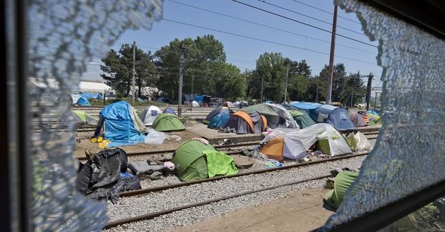 Greece to start evacuating Idomeni migrant camp within days