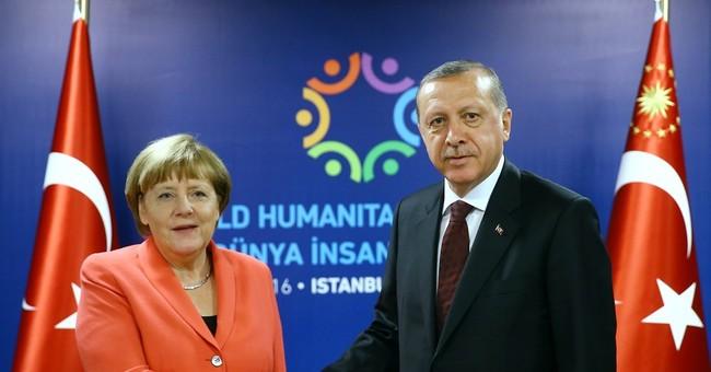 Turkey threatens to suspend agreements with EU