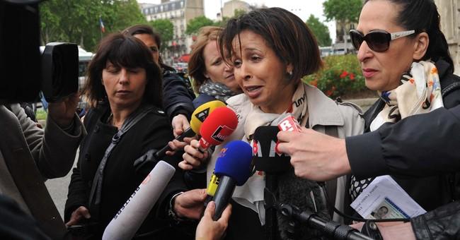 Paris attack victims' families meet investigators