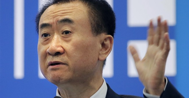 China's Wanda prepares for battle with 'old brand'