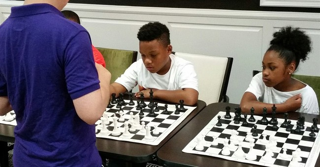 Amid turmoil, chess helps Ferguson kids cope, excel