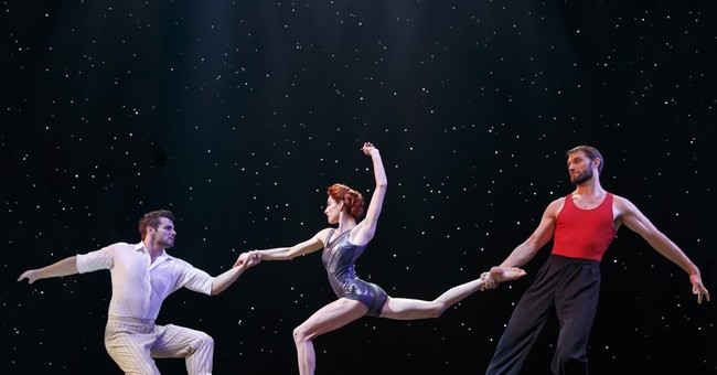 Review: Prepare to tumble for Cirque du Soleil's 'Paramour'