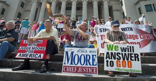 Ex-US magistrate hired to prosecute Alabama chief justice