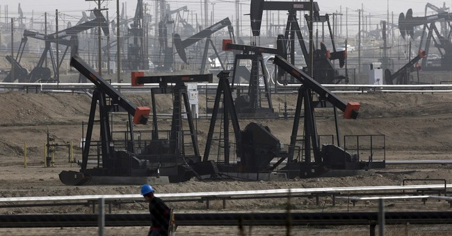 $50 oil shouldn't pose major threat to consumers, economy