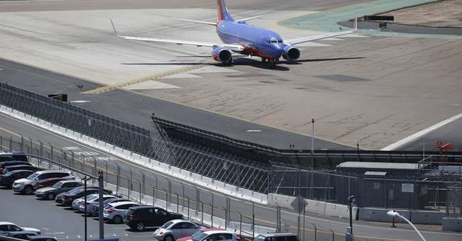 Highlights of some perimeter breaches at major US airports
