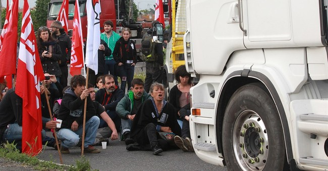 France's growing labor standoff: What could happen next?