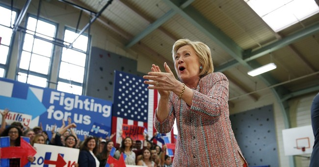 Report traces arc of Hillary Clinton server, agency failures
