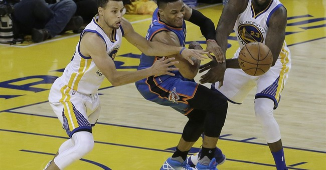 Curry scores 31, defending champion Warriors reach Game 6