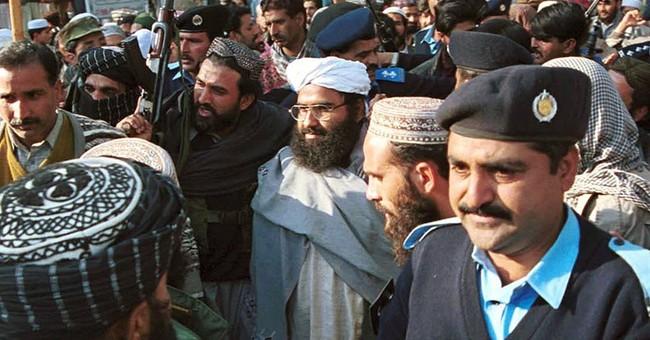 Pakistani top militant in gov't custody over attack in India