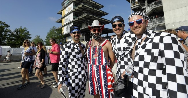 Sellout crowd arrives early for 100th Indianapolis 500