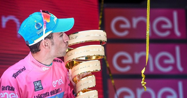 Nibali wins 2nd Giro d'Italia title and 4th Grand Tour