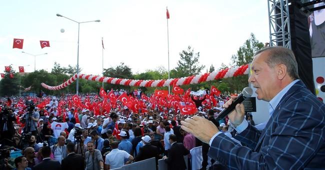 Erdogan ally wins vote of confidence in Turkish parliament