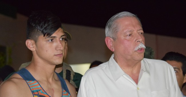 Mexican soccer player Alan Pulido overpowered kidnappers
