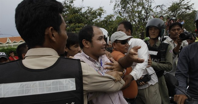 Cambodian police reach deal with opposition on protest