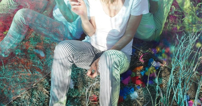 Review: Beth Orton turns to nature on electronic 'Kidsticks'