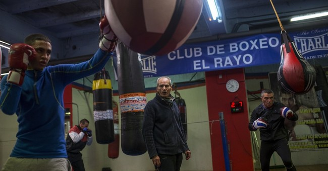 AP PHOTOS: Spanish boxing coach, 84, vows to keep going