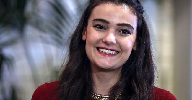Ex-Miss Turkey gets suspended sentence for insulting Erdogan