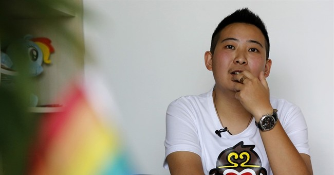 Chinese transgender man fights for job equality