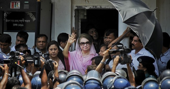 Judge grants delay in graft trial for Bangladesh's ex-PM Zia
