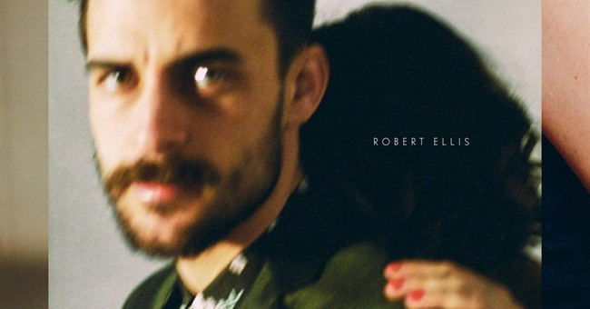 Music Review: Boundary-busting country from Robert Ellis