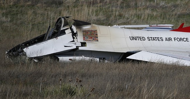 Aerial demonstration team crashes throughout history