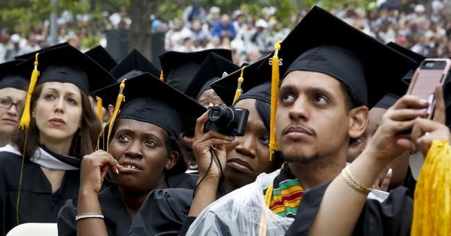 Michelle Obama praises diverse grads in commencement speech