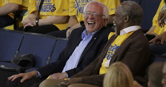 Sanders' campaign adventure takes him from Hamilton to Rome