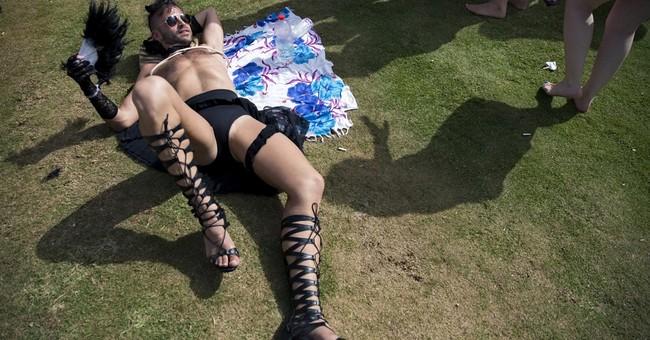200,000 party at Tel Aviv Gay Pride Parade, region's biggest