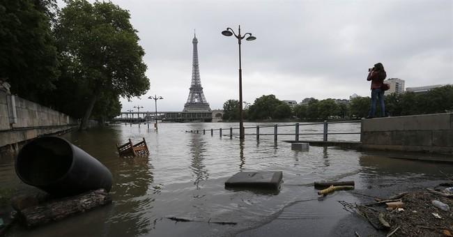 77-year-old driver dies trapped in flood in northern France