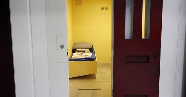 Obama administration rushing to shrink ranks at Guantanamo