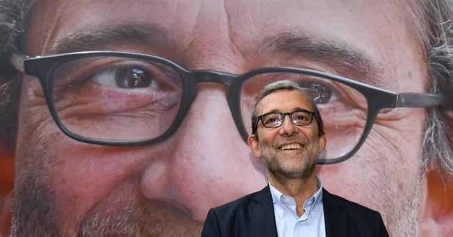 Roman anger over corruption helps anti-establishment party