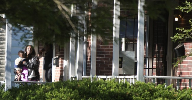 Police: 3 dead in shooting at suspected Detroit drug house