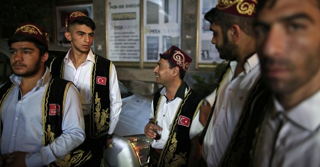 In Istanbul, drummers keep ancient Ramadan tradition alive